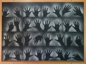 Strašidelné ruce (16)